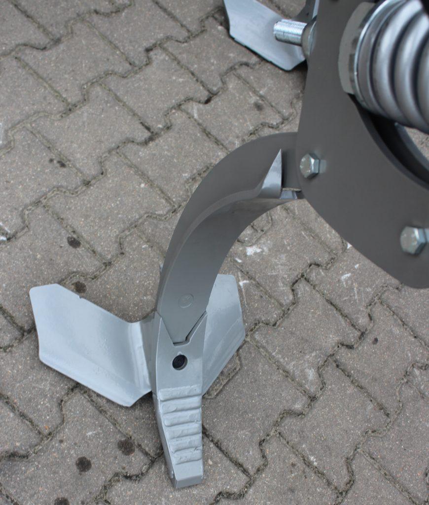 Плуг та стерньовий культиватор AP RS 5